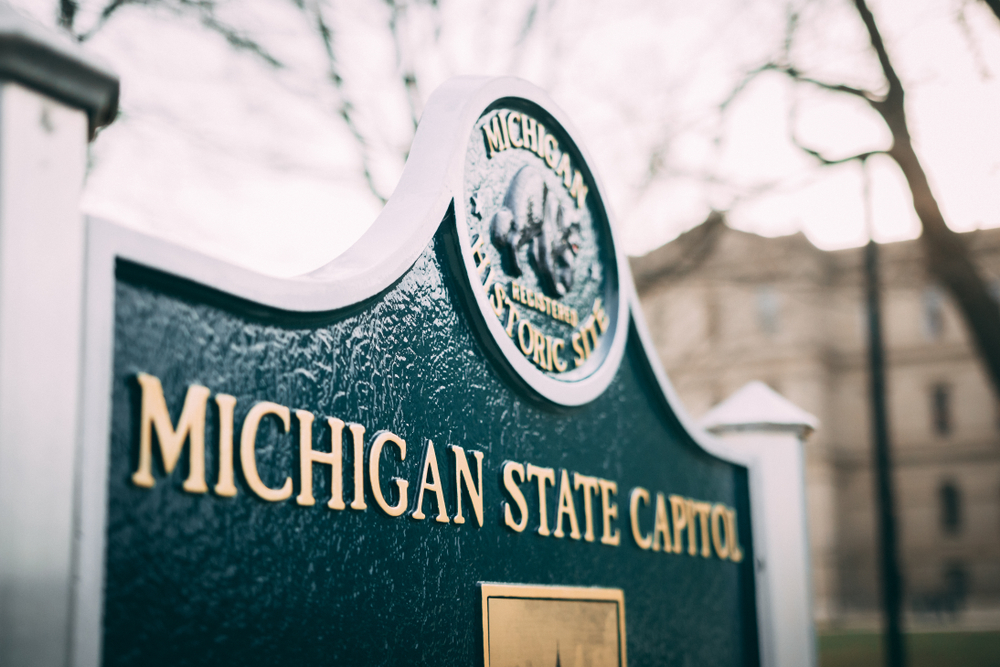 Michigan citizens plan protest after statewide vaping ban